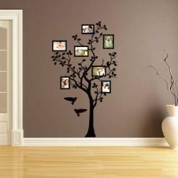 Emlékek a fán
